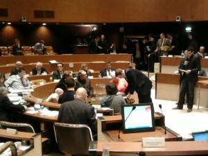 Vote sur la destitution de Chantal Augé, adjointe aux marchés publics.